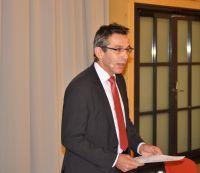 """DHV-Präsident Erwin Taglieber:""""Firmen im Netzwerk 81fünf high-tech & holzbau AG sind künftig auch Mitglieder des DHV!"""" ©A. Zielke"""