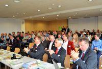 DHV-Mitgliederversammlung:Häuser aus Holz bauen! Chancengleichen Marktzugang ohne bauordnungsrechtliche Hindernisse(c)A. Zielke
