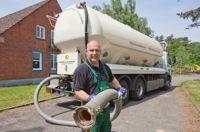 Holzpellets werden von der EC Bioenergie GmbH direkt zum Kunden nach Hause geliefert.