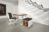 Schreibtisch moll T7, Stuhl moll S6 und Container moll C7 aus der Designlinie moll unique