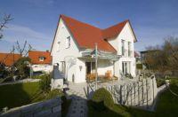 Eigenheime aus Leichtbeton weisen hervorragende Wärmedämm-Eigenschaften und ein hohes Maß an Wohngesundheit auf.