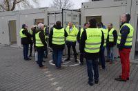 Ein Rundgang über das ELA Container Firmengelände war Teil der Fachtagung Baustromtechnik.