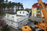 Tag des deutschen Fertigbaus: Live erleben, wie ein Fertighaus gebaut wird. (Foto: Hanlo-Haus)