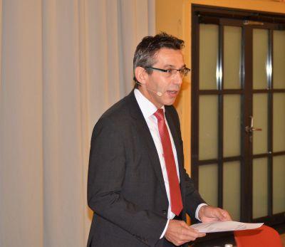 DHV-Präsident Taglieber weist darauf hin, dass Bauherren über den Einbau sog. Brandschutzschalter frei entscheiden.©A. Zielke/DHV