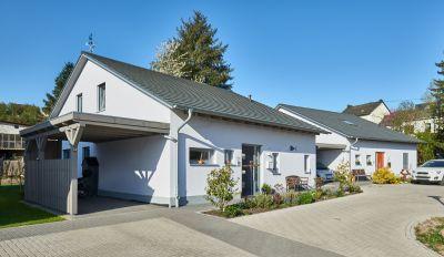 Häuser aus massivem Leichtbetonmauerwerk von KLB Klimaleichtblock gelten als besonders wohngesund. (Foto: KLB Klimaleichtblock)
