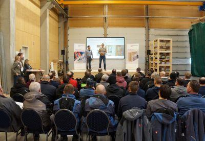 """Zahlreich besucht: Brüninghoff organisiert erste """"Konstruktiv""""-Veranstaltung für Holzbauer und Zimmereien. Foto: Brüninghoff"""