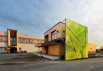 """Unter dem Titel """"Forscherhaus"""" sind auf dem Firmengelände von Brüninghoff in Heiden unlängst neue Räumlichkeiten entstanden."""