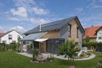 Ein modernes Holzhaus hat nichts mit alter Blockhausromantik zu tun. Es ermöglicht viele Gestaltungswünsche.