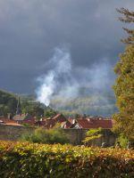 Hinterm Berg brennt es in der Mühle
