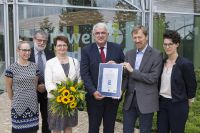 SAKRET erhält den Blauen Engel im Umweltbundesamt in Dessau.V.Lin.Re.Petra Meier,Thomas Utermöller,Dr.Wolfgang Plehn.(c)Sakret