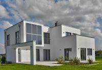Fertighäuser bieten eine Kombination aus Energieeffizienz und schlanker Konstruktion. Foto: HANLO Haus