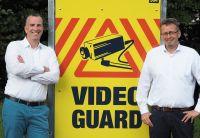 Jörn Windler und Benno Blömenberichten über die Entwicklung und den Vertrieb von Video Guard Professional. Foto: Video Guard