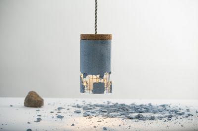 """Per Faustkeil individualisierbar: die """"slash lamp"""" von Ubikubi, jetzt bei Betoniu erhältlich"""
