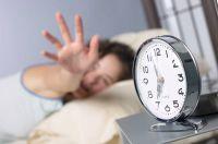 Angst ist kein gutes Ruhekissen! Wenn der Wecker leutet, sollten sie erholt erwachen - für die Sicherheit sorgt EiMSIG-Smarthome