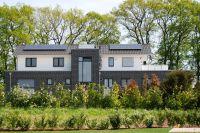 Dachaufstockung, Fassadendämmung und -neugestaltung gehen häufig Hand in Hand(c)Janssen/GIN