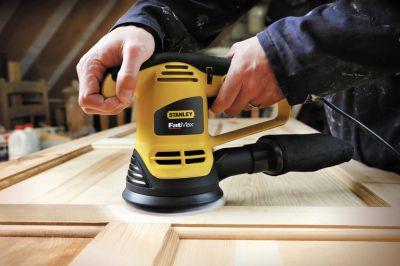 Der 480 Watt-Exzenterschleifer FME440K von Stanley ist ideal zum Schleifen von Flächen, z.B. aus Holz, Kunststoff oder Metall.