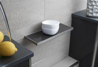 Die Ablage TI-Shelf steht in verschiedenen Formen und Größen sowie mit individuell wählbarer Einlage zur Verfügung. Foto: Dural