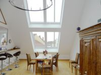 Lichtdurchflutet und offen gestaltet, lassen sich Dachgeschosse mit LiDEKO Dachschiebefenstern in wertvollen Wohnraum verwandeln.