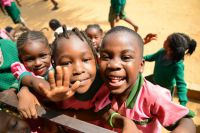 Die Kinder von Bertoua sagen: Danke!