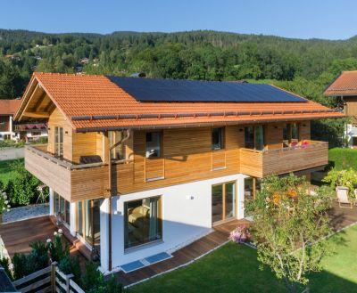 Ein massives Ziegelhaus ist sowohl Altersvorsorge als auch wertstabile Kapitalanlage (Bild: Michael Naumann, Ismaning).