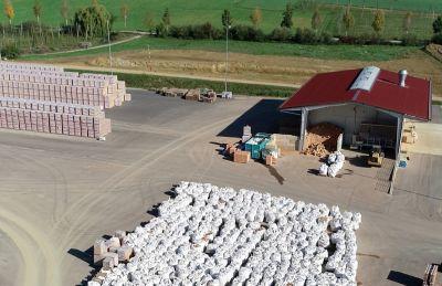In der Recyclinganlage von LB werden Ziegelbruch und Dämmstoffe sauber getrennt. (Foto: Leipfinger-Bader)