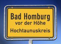 87273925 - Ortsschild Bad Homburg vor der Höhe Hochtaunuskreis © kamasigns