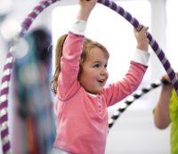 HOOPin kids begeistert Kinder im Alter von fünf bis zwölf