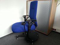 Ergonomischer Bürodrehstuhl mit Bremse und Leichtlaufrollen