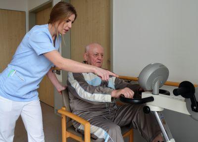Physiotherapie gehört im AlterTraumaZentrum im Gesundheitszentrum Bitterfeld/Wolfen zum multirofessionellen Behandlungskonzept.