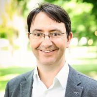Dr. Christian Lamest