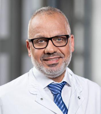 Chefarzt Anwar Hanna leitet die Medizinische Klinik I des Zentrums für Innere Medizin im Gesundheitszentrum Bitterfeld/Wolfen.