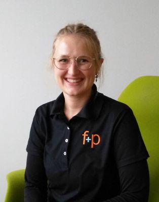 Diana ist Spezialistin für Ergo- und Physiotherapie bei f+p Ambulante Reha in Kempten, Foto: M. Herz