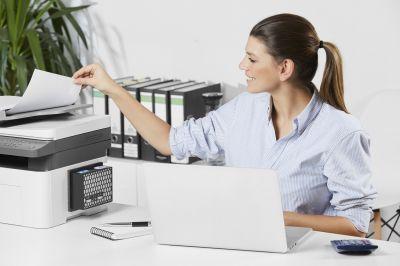 Der Clean Office PRO Feinstaubfilter filtert zuverlässig bis zu 96% der schädlichen Emissionen durch Laserdrucker und Kopierer.
