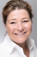 Dr. Petra Hinz, Leiterin des Haranni Instituts an der DTMD University