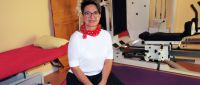Ingrid Dickenherr in ihrer modernen Physiotherapie-Praxis in Wertingen