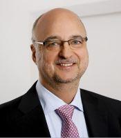 Prof. Dr. Andreas Pfützner, Leiter des neuen Instituts für Innere Medizin und Labormedizin an der DTMD University