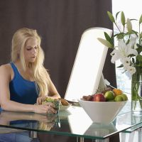 Lichttherapiegerät im Alltag