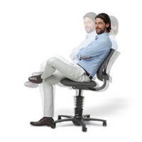 Der Aktiv-Bürostuhl 3Dee von aeris  wirkt wie ein Spa für den Körper und macht eine gute Figur, (Fotos: aeris, Gisela Schenker)