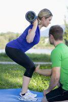 Personal Trainer München - Kniebeuge mit VIPR®
