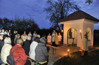 Im Rahmen einer feierlichen Zeremonie weihte Klinikumspfarrer Lorenz Gadient die neu errichtete Kapelle. Foto: Klinikum Ingolstadt