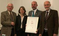 von links nach rechts: IPO-Vorstand Eitel Vida, Dr. Dinah Jung, Airnergygründer Guido Bierther, Prof. Dr. Klaus Jung
