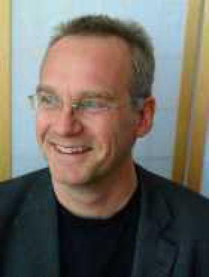 proDentum Inhaber Matthias Kaiser gibt den Menschen seit über 20 Jahren den Biss zurück.