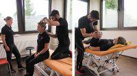 Praxis-Übungen während der Supervision bei f+p in Kempten: Die Physiotherapeuten testen die Stabilität der Gelenke. Foto: M. Herz