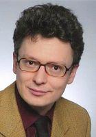 Zahnarzt Sacha Karmoll leitet seit 2003 seine Praxis in Freudenstadt als selbstständiger und freiberuflicher Zahnarzt.