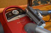 Alter Staubsauger haben oft nicht die richtigen Filter, um Feinstaub aus der Abluft zu entnehmen.