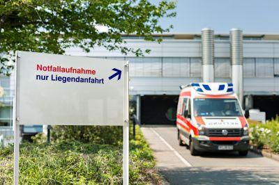 Bei dringenden Untersuchungen und Behandlungen sowie bei Notfällen ist schnelle medizinische Hilfe geboten.