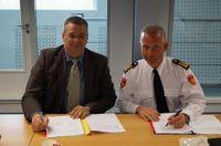 Vertragsunterzeichnung Feuerwehr Zaanstreek-Waterland mit LHD Group