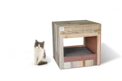 Kuscheliges Katzenbett in Wpürfelform