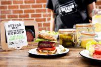 Sieht aus wie Fleisch, schmeckt wie Fleisch, ist aber kein Fleisch: der Beyond Burger. Foto: Firma