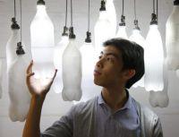 Aus Abfall entstehen neue Produkte wie diese Lampen aus Plastikflaschen von Kevin Cheung. Foto: Privat